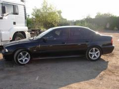 BMW M6 BMW 535i E39 M62 V8 235 к. с