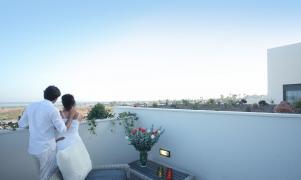 """Резиденция """"Эльвиса"""" c видом на соленое озеро"""