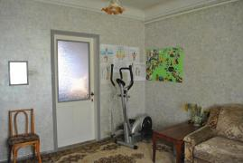 Sell house in Dnepropetrovsk on a plot of 9 acres