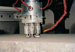 Устаткування для видобутку та обробки мармуру, граніту, каменю